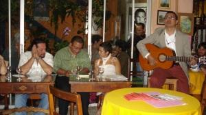 Lectura de Leonor en Café Paradiso
